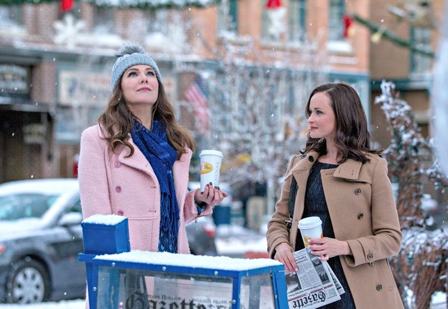 gilmore-girls-winter-alexis-bledel-lauren-graham-netflix-horizontal-2016